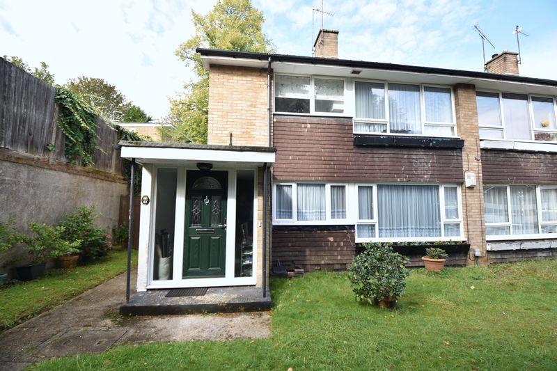 2 bedroom  to buy in Lawn Gardens, Luton - Photo 16