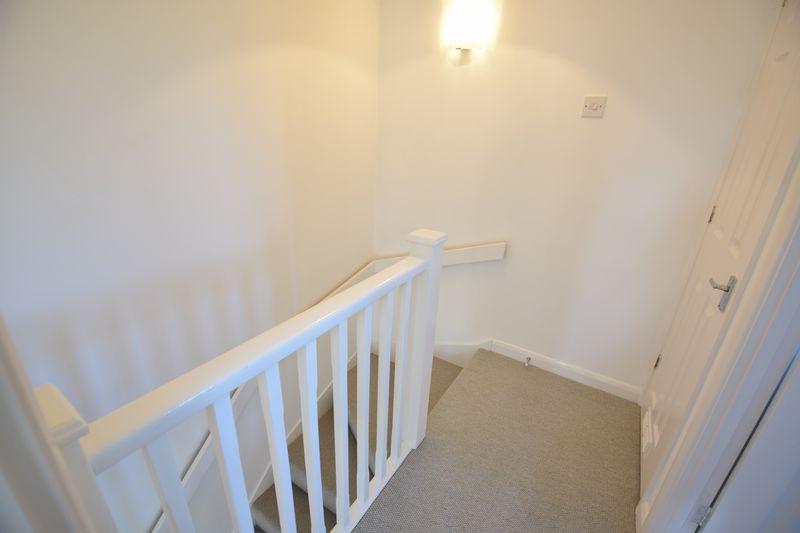 1 bedroom  to buy in Furze Close, Luton - Photo 4