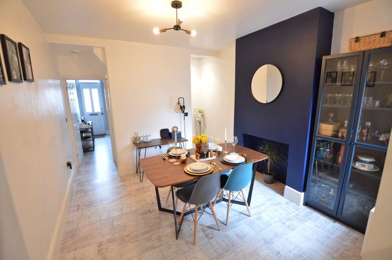 2 bedroom Mid Terrace to buy in Reginald Street, Luton - Photo 1