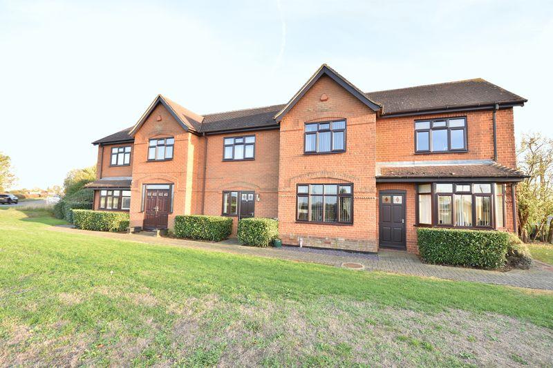 3 bedroom Mid Terrace to buy in Slapton Road, Leighton Buzzard