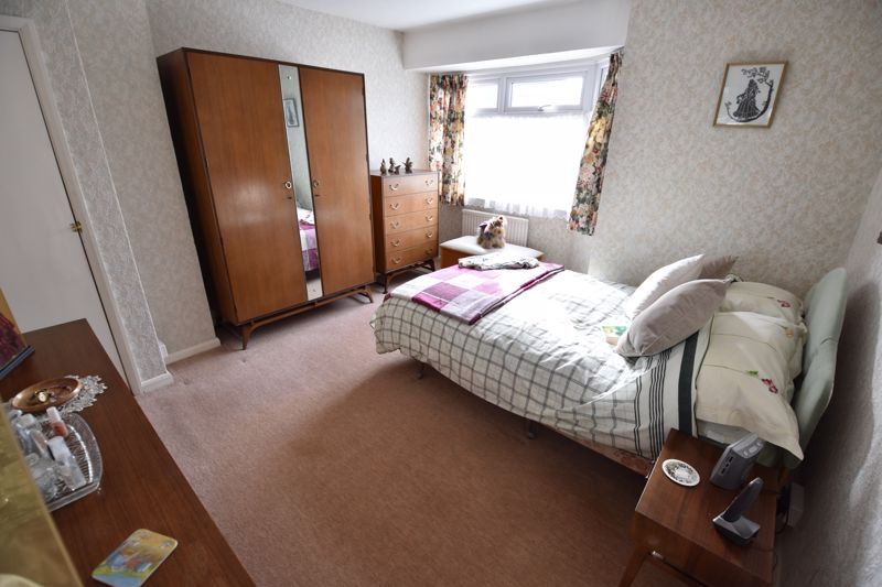 3 bedroom Semi-Detached  to buy in Fallowfield, Luton - Photo 16