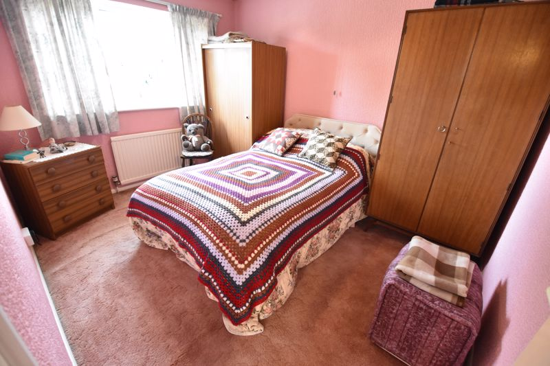 3 bedroom Semi-Detached  to buy in Fallowfield, Luton - Photo 18