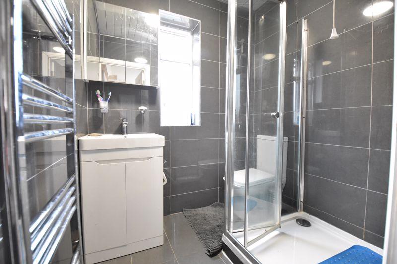 3 bedroom Semi-Detached  to buy in Priestleys, Luton - Photo 12