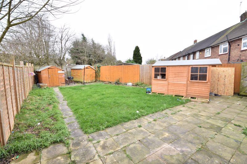 3 bedroom Semi-Detached  to buy in Priestleys, Luton - Photo 14