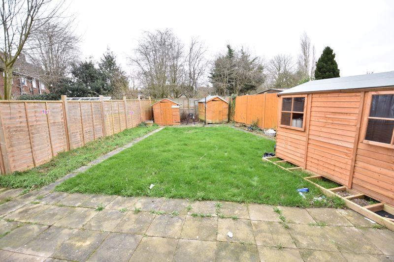 3 bedroom Semi-Detached  to buy in Priestleys, Luton - Photo 15