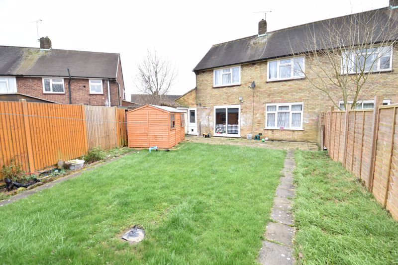 3 bedroom Semi-Detached  to buy in Priestleys, Luton - Photo 16