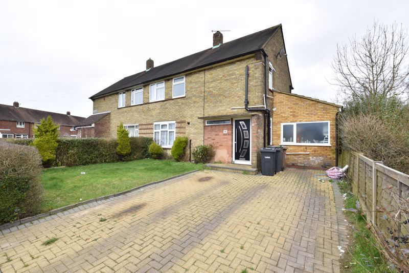 3 bedroom Semi-Detached  to buy in Priestleys, Luton