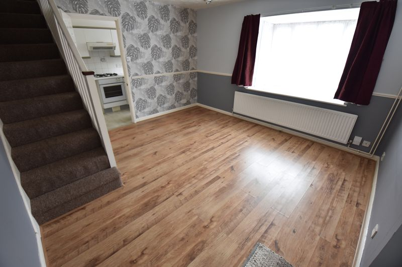 1 bedroom End Terrace to buy in Sharples Green, Luton - Photo 2