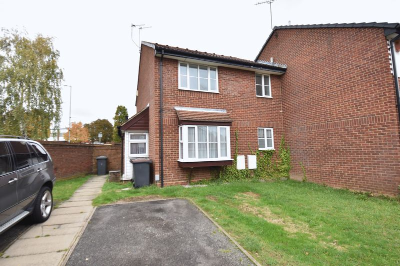 1 bedroom End Terrace to buy in Sharples Green, Luton - Photo 1