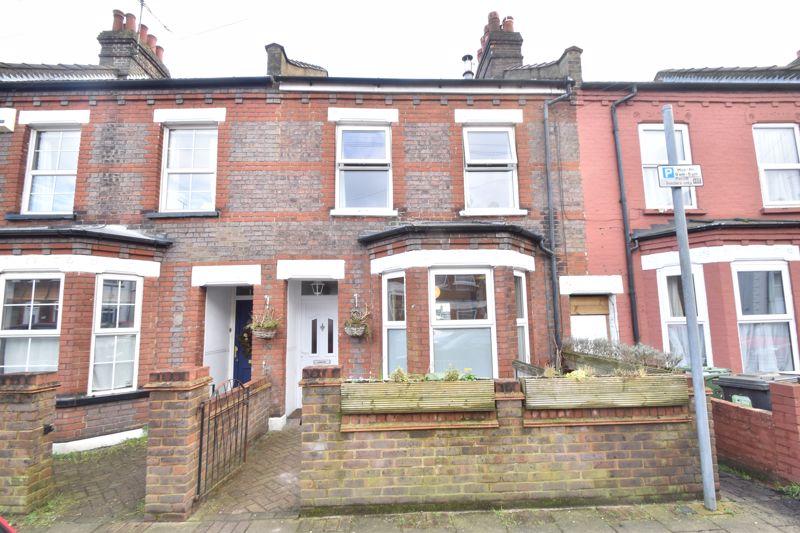 3 bedroom Mid Terrace to buy in Clarendon Road, Luton