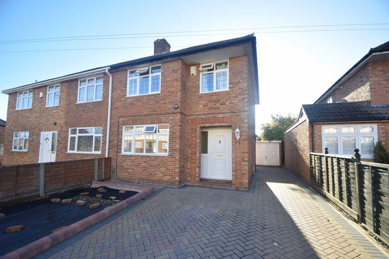 3 bedroom Semi-Detached  to buy in Putteridge Road, Luton