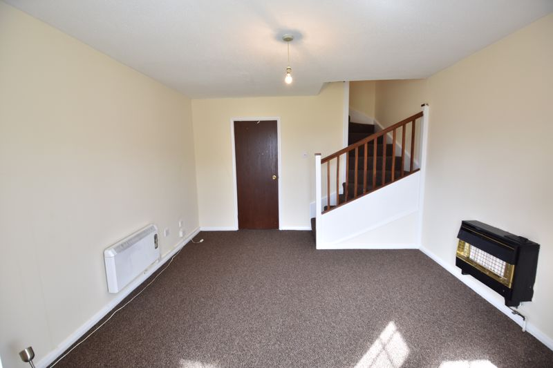 2 bedroom End Terrace to buy in Dorrington Close, Luton - Photo 12