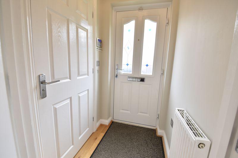 3 bedroom  to buy in Brompton Gardens, Luton - Photo 10