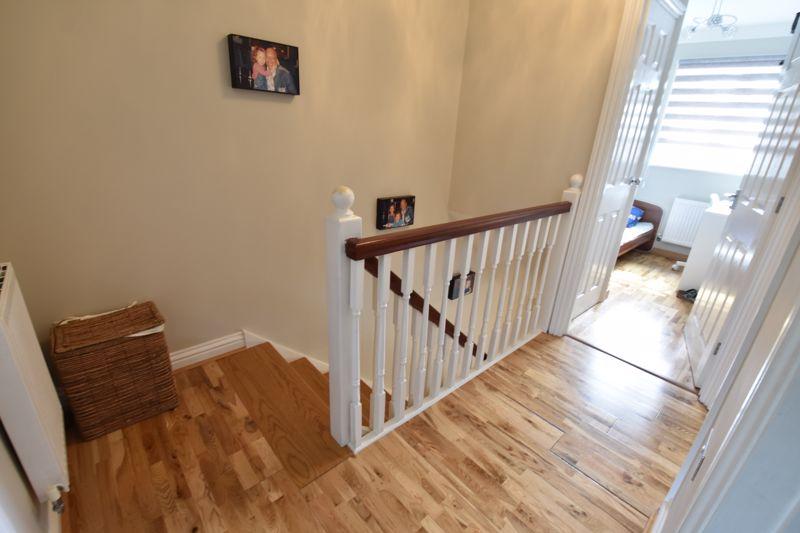 3 bedroom  to buy in Brompton Gardens, Luton - Photo 13