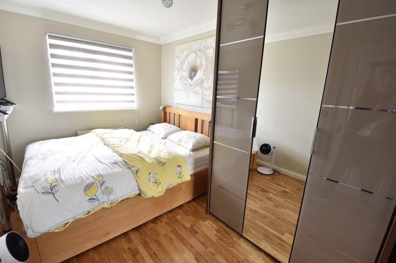 3 bedroom  to buy in Brompton Gardens, Luton - Photo 17