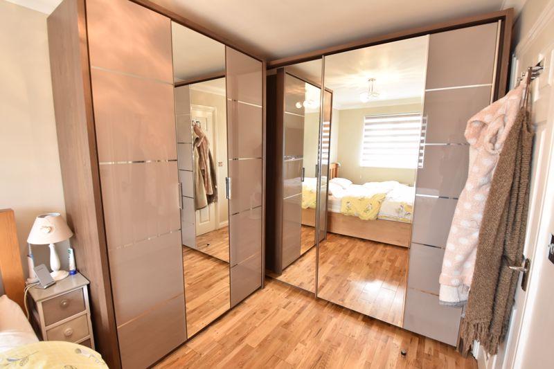 3 bedroom  to buy in Brompton Gardens, Luton - Photo 18