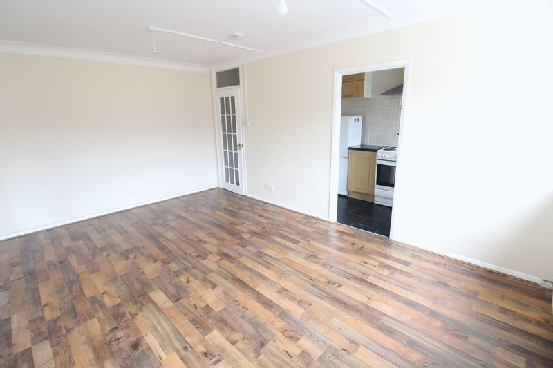 1 bedroom Flat to rent in Seymour Road, Luton - Photo 11