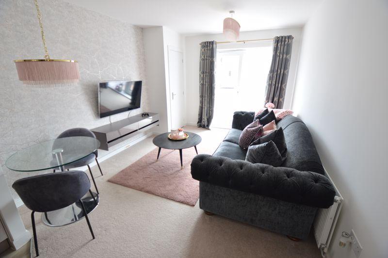 2 bedroom Flat to buy in Union Street, Luton - Photo 1