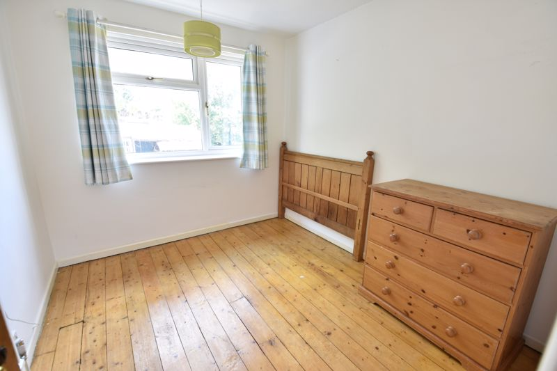 3 bedroom  to buy in Tenzing Grove, Luton - Photo 14