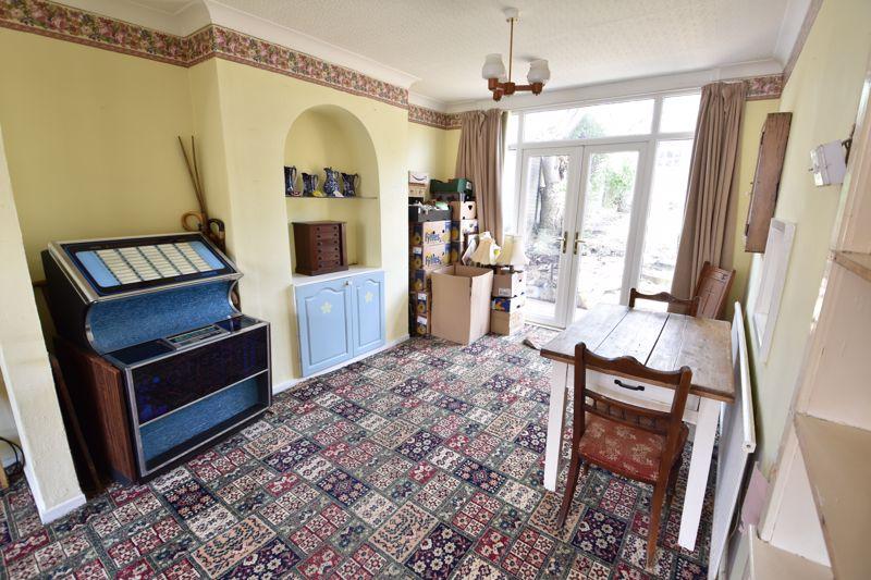 3 bedroom  to buy in Tenzing Grove, Luton - Photo 18
