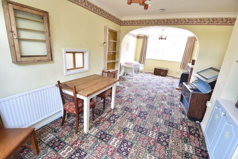 3 bedroom  to buy in Tenzing Grove, Luton - Photo 19