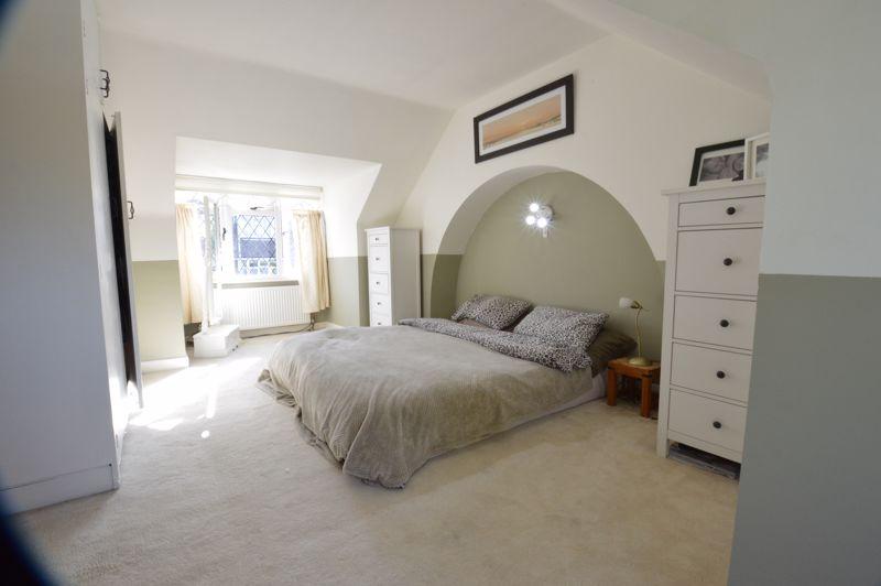 2 bedroom Semi-Detached  to buy in Alwyn Close, Luton - Photo 11