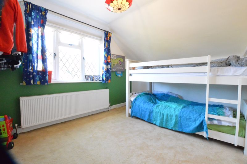 2 bedroom Semi-Detached  to buy in Alwyn Close, Luton - Photo 14