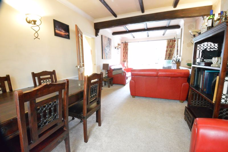 2 bedroom Semi-Detached  to buy in Alwyn Close, Luton - Photo 19