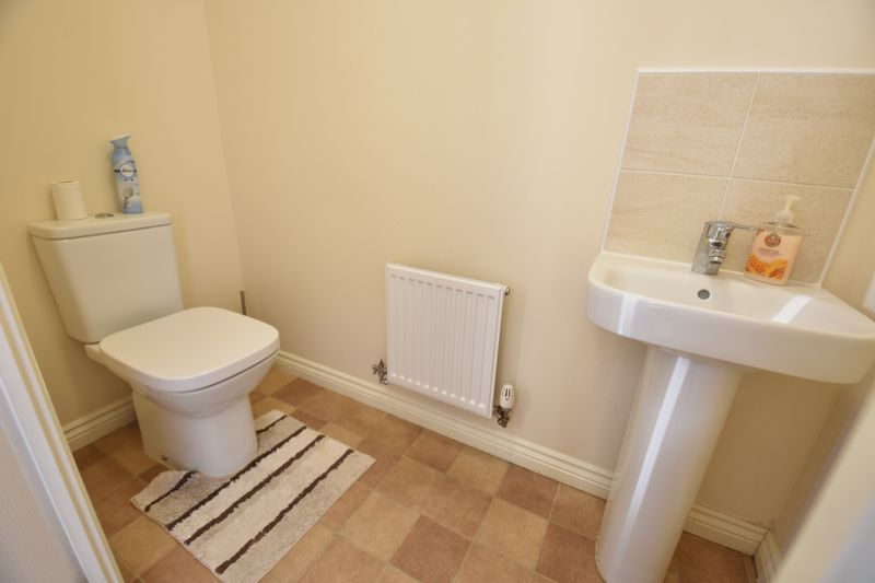 2 bedroom End Terrace to buy in Verde Close, Luton - Photo 8