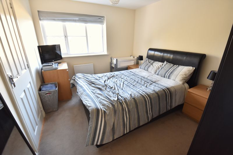 2 bedroom End Terrace to buy in Verde Close, Luton - Photo 9