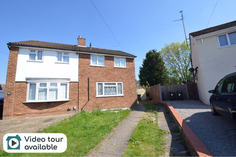 2 bedroom Semi-Detached  to rent in Lilac Grove, Luton