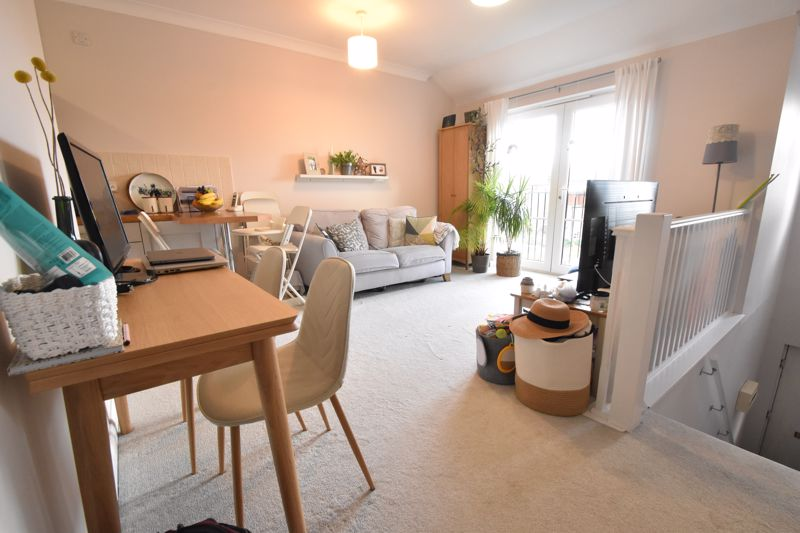 1 bedroom Flat to buy in Wensleydale, Luton - Photo 2