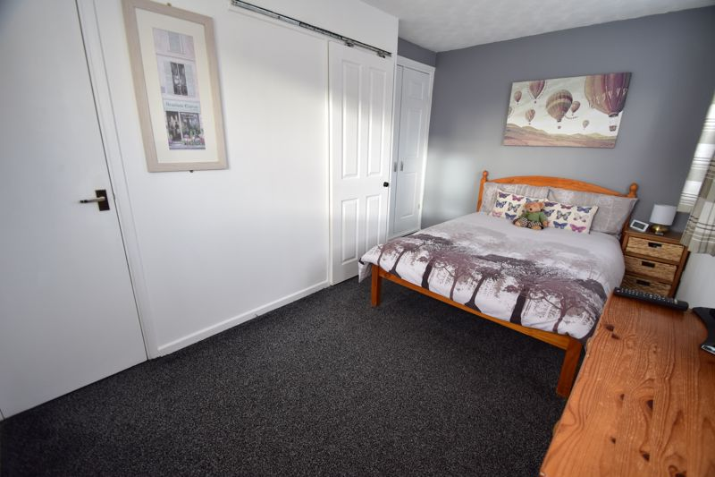 1 bedroom End Terrace to buy in Dexter Close, Luton - Photo 6
