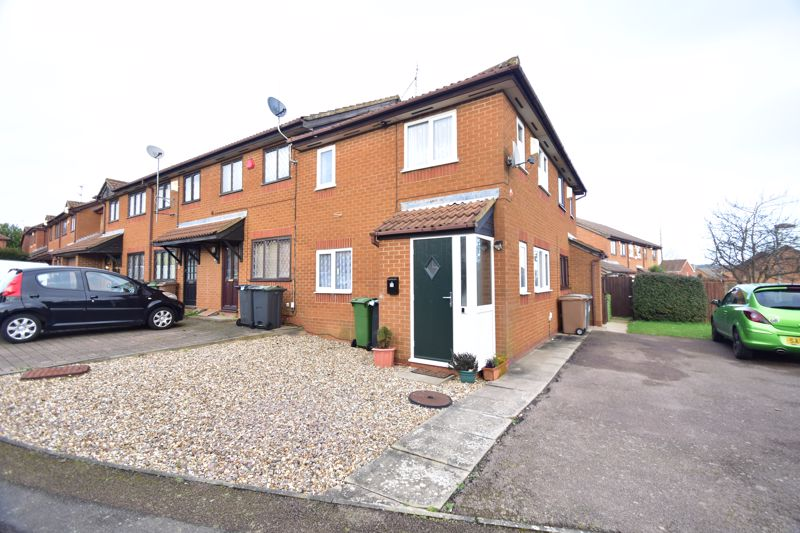 1 bedroom End Terrace to buy in Dexter Close, Luton