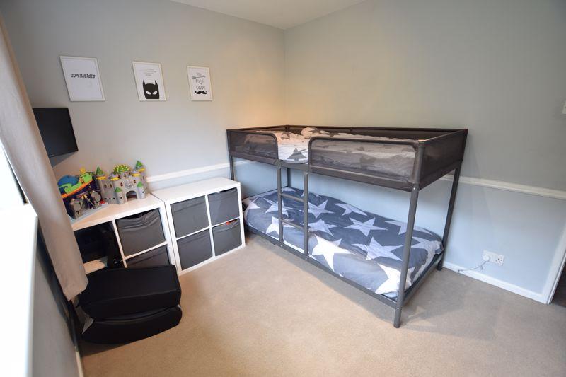 2 bedroom Apartment / Studio to buy in Brendon Avenue, Luton - Photo 4