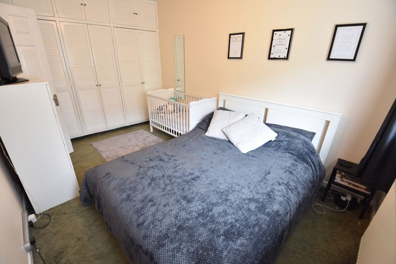 2 bedroom Apartment / Studio to buy in Brendon Avenue, Luton - Photo 6