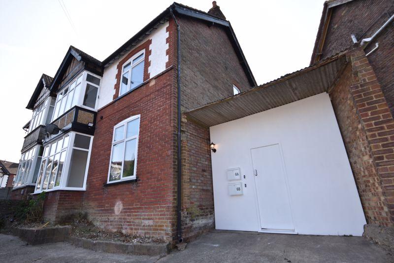 1 bedroom Flat to rent in Hillborough Road, Luton