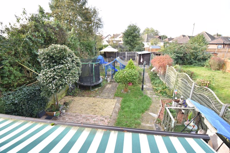 3 bedroom  to buy in Hitchin Road, Luton - Photo 5