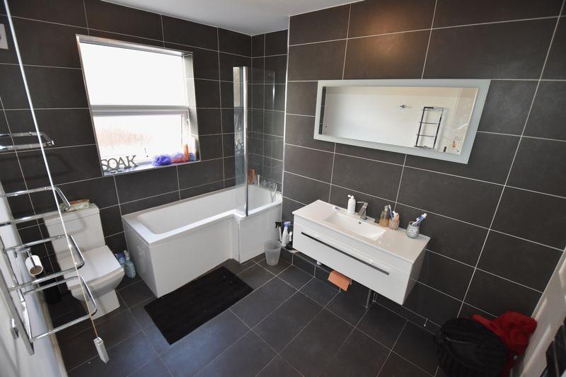 2 bedroom Maisonette to buy in Cardigan Street, Luton - Photo 1