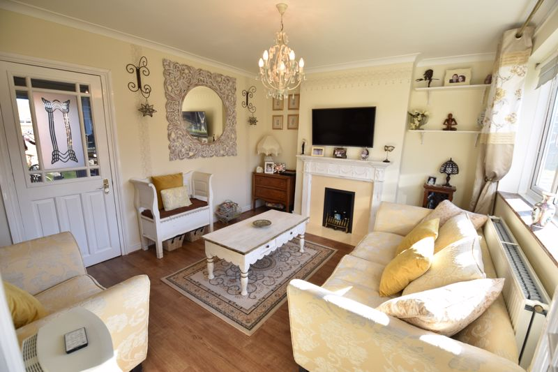 3 bedroom End Terrace to buy in Solway Road North, Luton - Photo 14