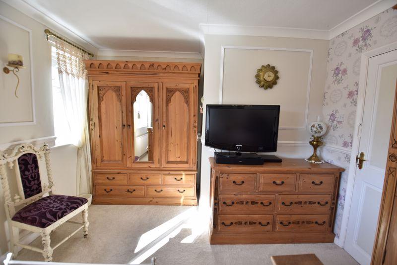 3 bedroom End Terrace to buy in Solway Road North, Luton - Photo 19