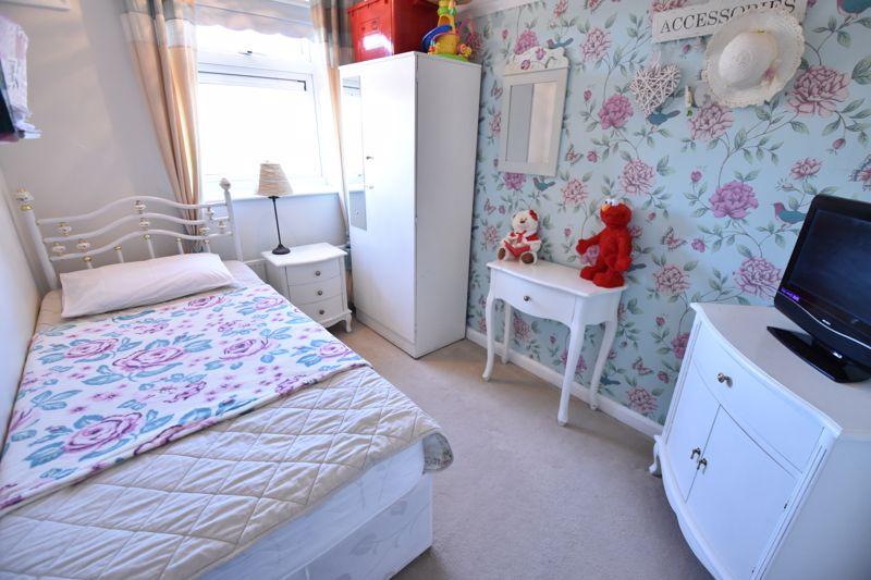 3 bedroom End Terrace to buy in Solway Road North, Luton - Photo 20