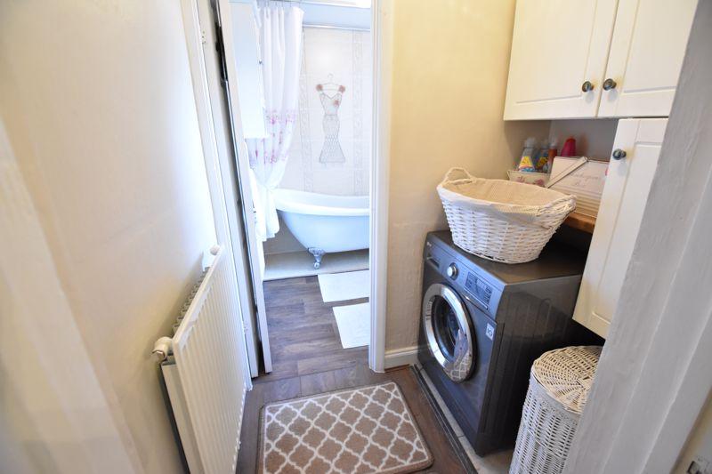 3 bedroom End Terrace to buy in Solway Road North, Luton - Photo 4