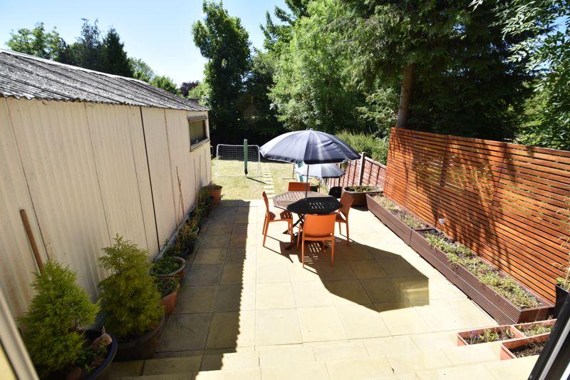 3 bedroom  to buy in Wardown Crescent, Luton - Photo 13