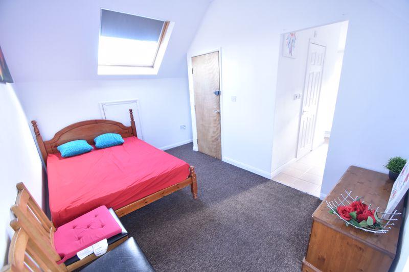 0 bedroom Flat to rent in Brantwood Road, Luton - Photo 6
