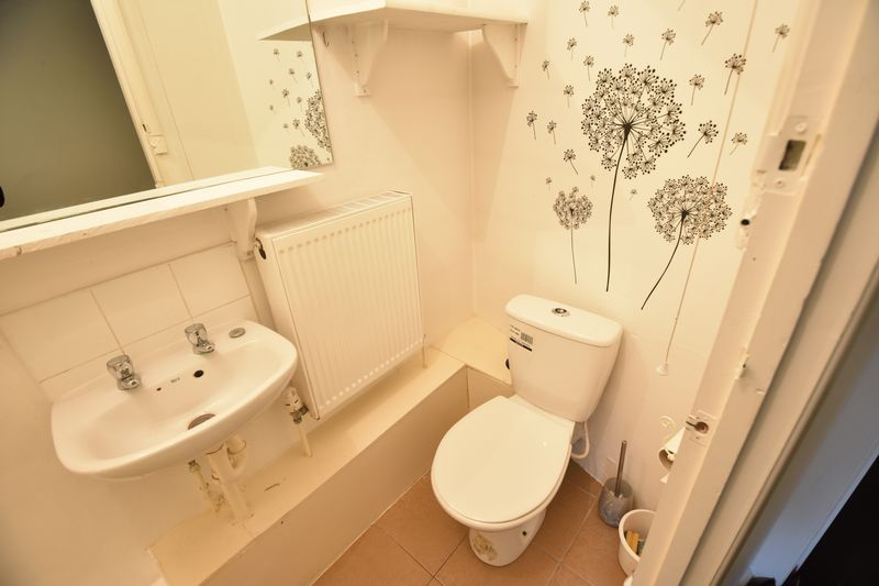 0 bedroom Flat to rent in New Bedford Road, Luton - Photo 5