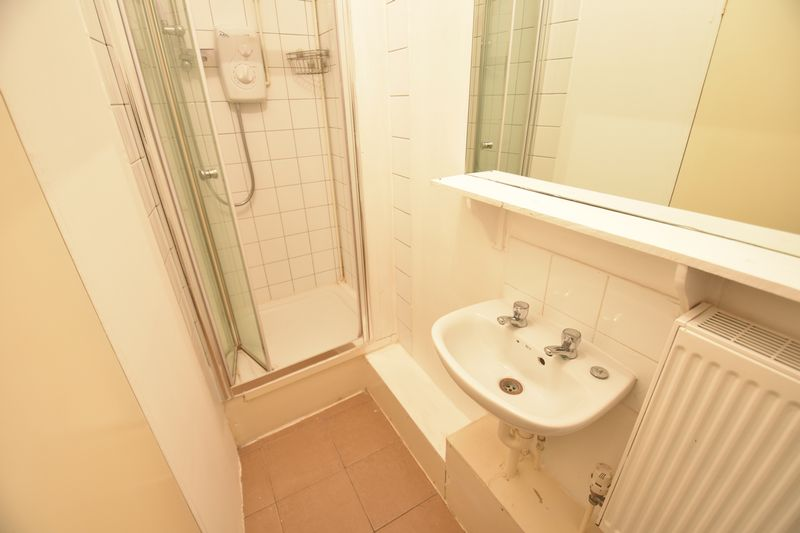 0 bedroom Flat to rent in New Bedford Road, Luton - Photo 6