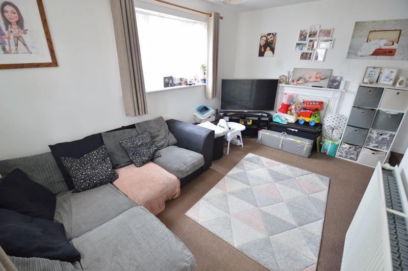 1 bedroom  to buy in Harlestone Close, Luton - Photo 13