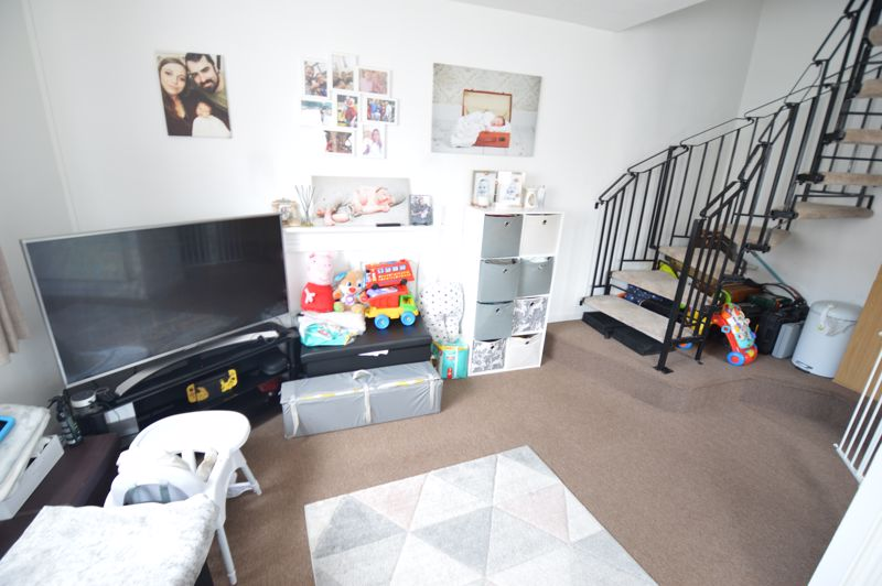 1 bedroom  to buy in Harlestone Close, Luton - Photo 15