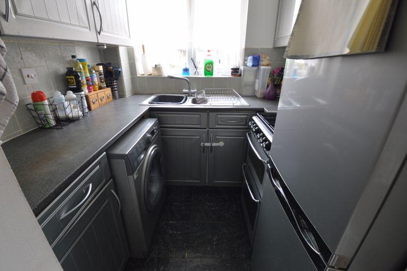 1 bedroom  to buy in Harlestone Close, Luton - Photo 16